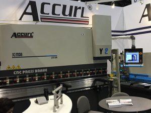 Аццурл је учествовао на машинском алату у Цхицагу и индустријској аутоматизацији у 2016. години
