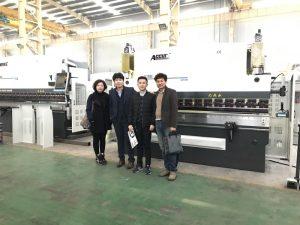 Корејски купци посјећују нашу фабрику