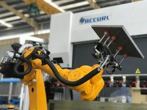Роботски систем савијања за аутоматску роботску кочницу за пресовање лима