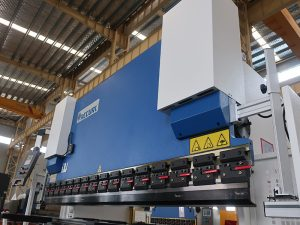 хидраулична цнц преса 300т 3200 са контролером Е21